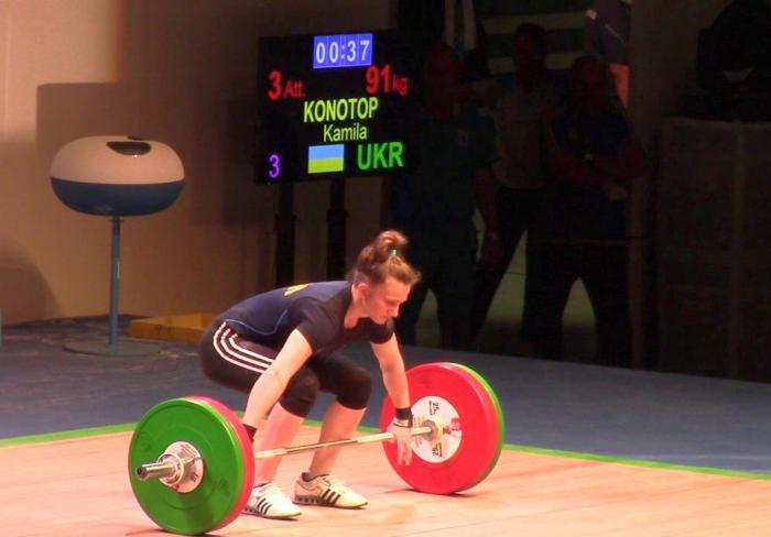 Харьковская штангистка установила три рекорда Украины
