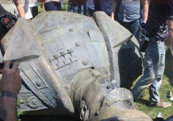 Полиция в Харькове занялась врагами «кровавого маршала»