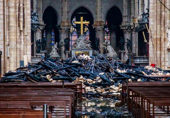 На реконструкцию Нотр-Дам пока пожертвовали лишь 9% от обещанного