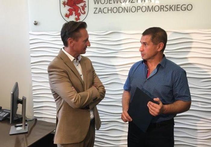 В Польше наградили украинца за героизм во время ДТП