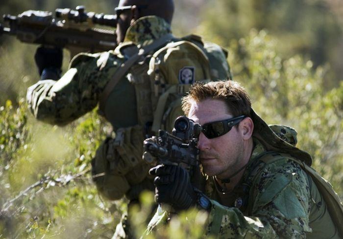 NYT: Зеленые береты США тренируются воевать с «зелеными человечками» из России