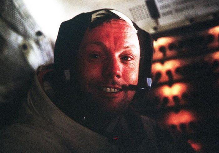 В NASA показали удивительно видео: прилунение «Apollo 11» глазами Нила Армстронга