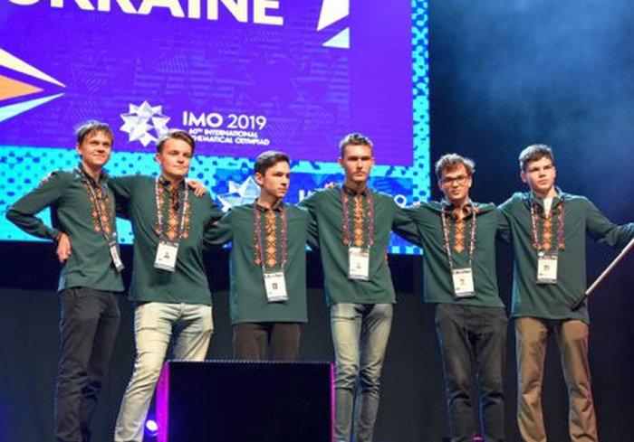 Харьковский школьник «осеребрился» на олимпиаде