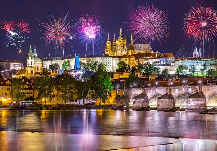 Прага отказывается от традиционного фейерверка на Новый год