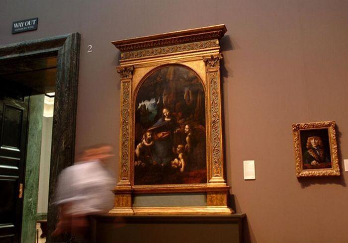 «Богоматерь скал». Под шедевром Леонардо да Винчи обнаружили скрытый эскиз (фото)