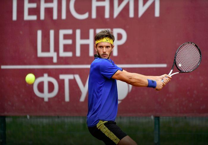 Харьковский теннисист отлично выступил на международном турнире (фото)