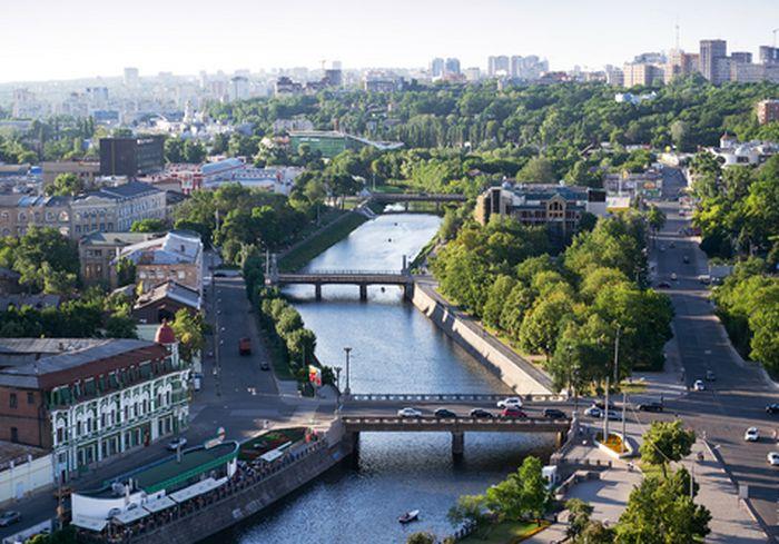 23 августа в центре Харькова ограничат скорость движения транспорта