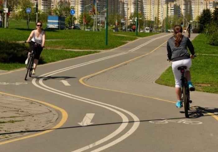 Велосипедисты Харькова потребовали обеспечить их безопасность на дороге