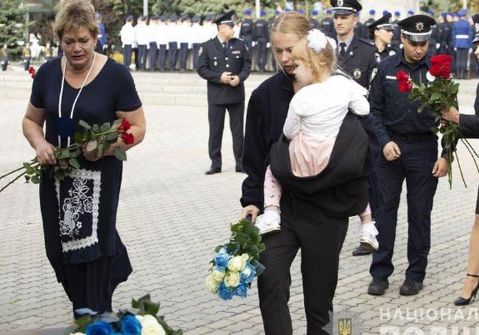 Вдова харьковского копа после убийства мужа пошла служить в полицию
