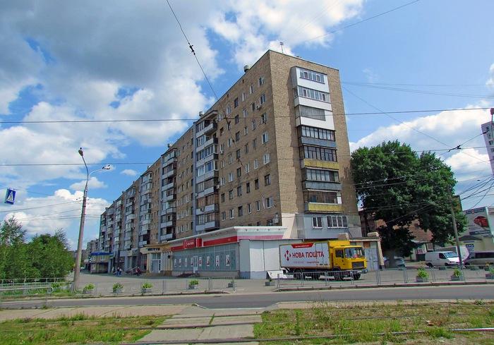 В Харькове открыли движение по Гимназической набережной