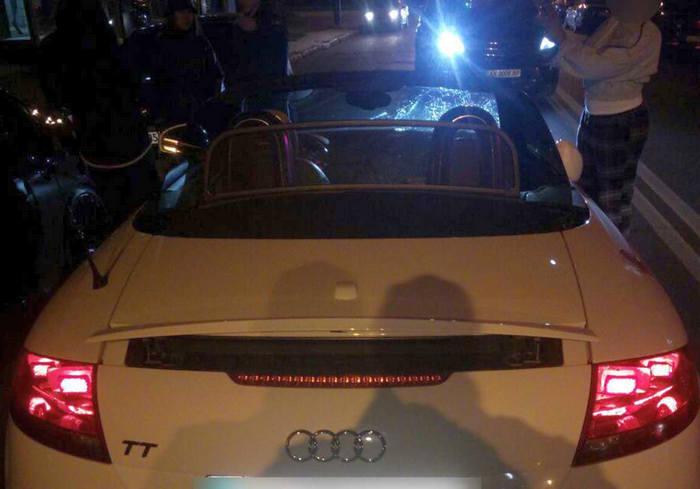 ДТП в Харькове: на Сумской машина сбила пешеходов на тротуаре