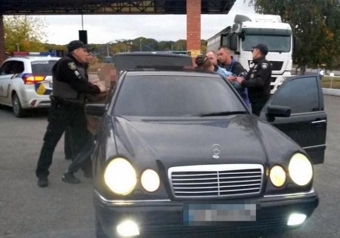 На Харьковщине задержали подозреваемого в убийстве девушки