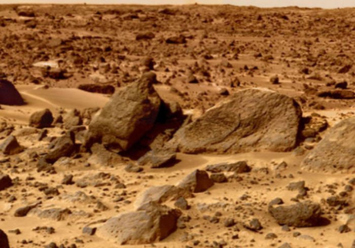 Аппарат NASA записал на Марсе загадочные звуки (видео)