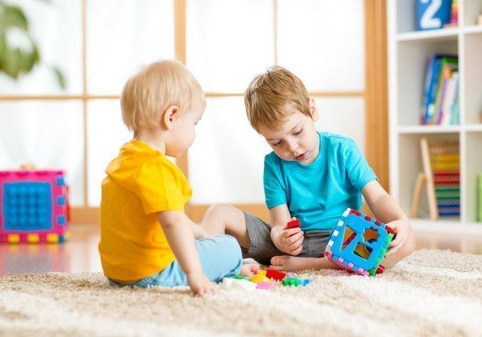 Что делать, если ребенок проглотил посторонний предмет