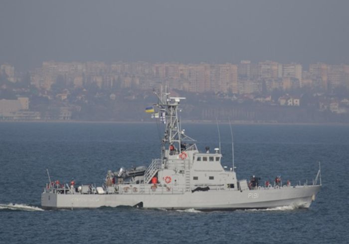 Украинские моряки испытали в Одессе американские катера типа Island (фото, видео)