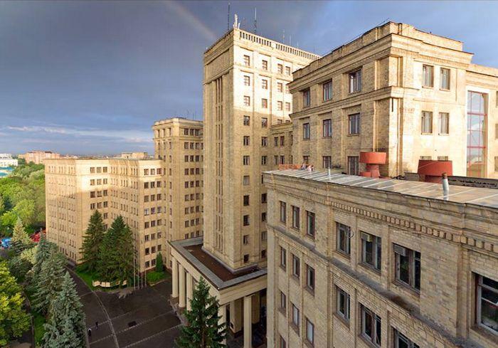 В Харькове медленно замерзают общежития ХНУ им. В.Н. Каразина