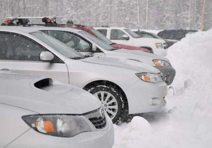 Украинским водителям напомнили, что нужно сделать с автомобилем до начала зимы (видео)