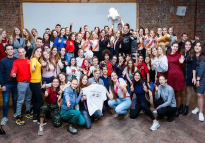 «Volunteer school». В Харькове чествовали лучших волонтеров