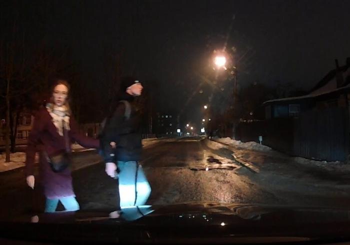 В Харькове растет число пешеходов-самоубийц: уникальное видео