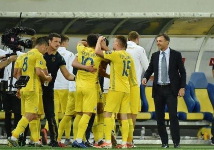 Сборная Украины изменила свои позиции в рейтинге ФИФА