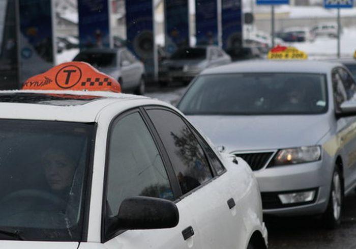 У харьковских таксистов появилась серьезная проблема
