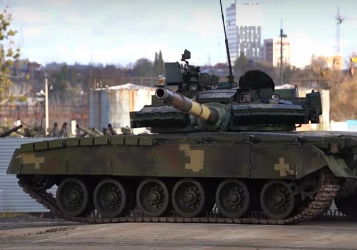 В Харькове устроили «пивное» испытание танка (видео)