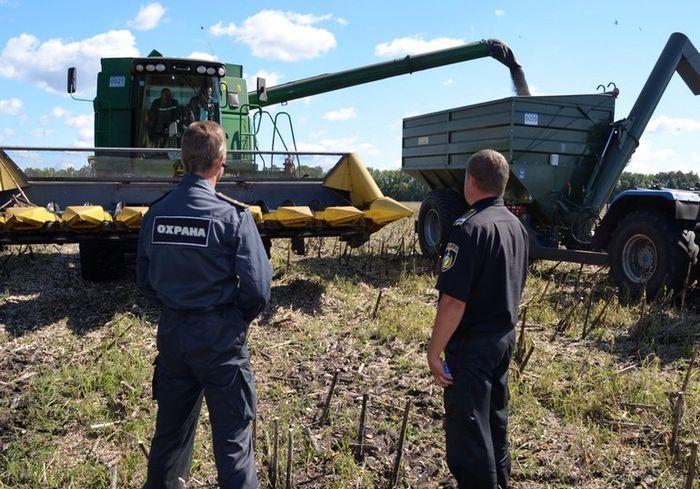 В Украине приняли закон о противодействии агрорейдерству