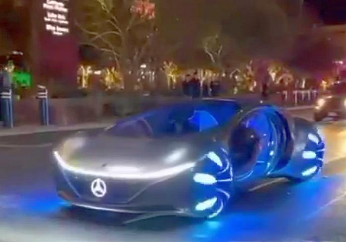 Илон Маск не катит: Mercedes собрал нереальный Vision AVTR (видео)