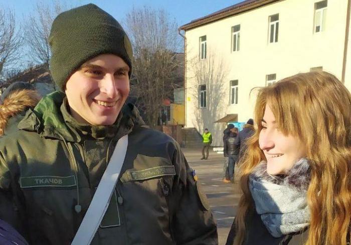 В Харькове во время принятия присяги возникла нештатная ситуация (видео, фото)