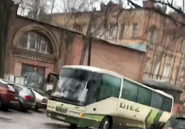 ДТП в центре Харькова создало пробку в Классическом (видео)