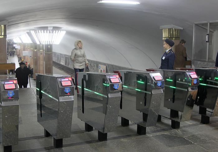 Льготные карточки для проезда в харьковском метро будут отключены