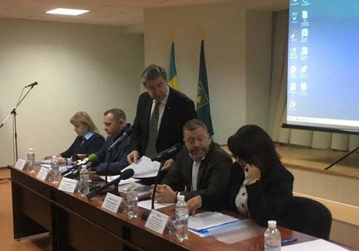 В Харькове проходят слушания по очередному повышению расценок на воду (видео)