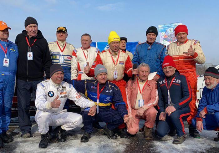 В Харькове проходит гонка ветеранов автоспорта (видео)