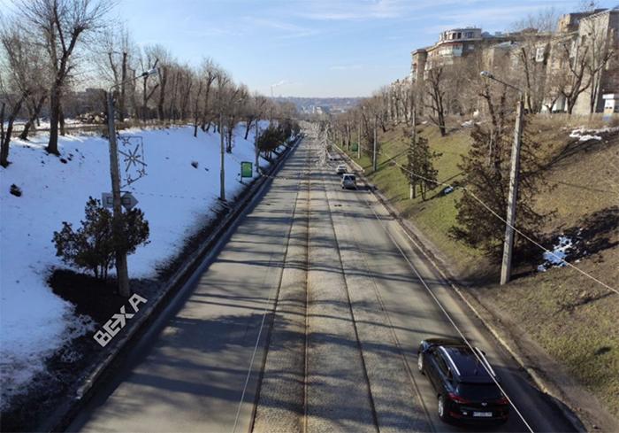В Харькове запечатлели границу между зимой и весной