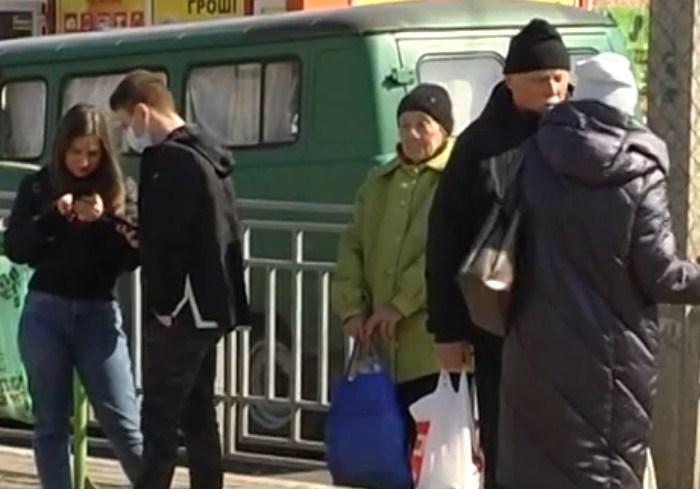 В условиях карантина: как изменилась жизнь харьковчан за один день (видео)