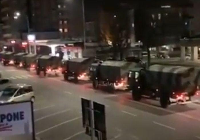 В Сети показали жуткое видео ночного вывоза тел умерших от COVID-19 в Италии