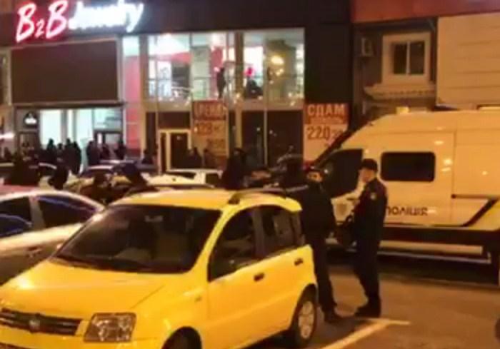 В Харькове полиция инициировала проверку по факту конфликта у B2B Jewelry