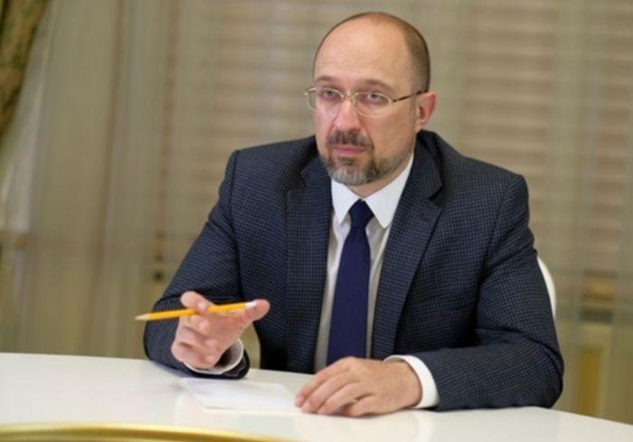 Премьер припугнул украинцев возвращением жесткого карантина