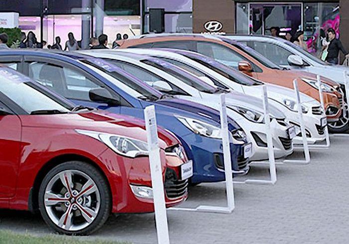Украинцы вдруг бросились покупать новые автомобили