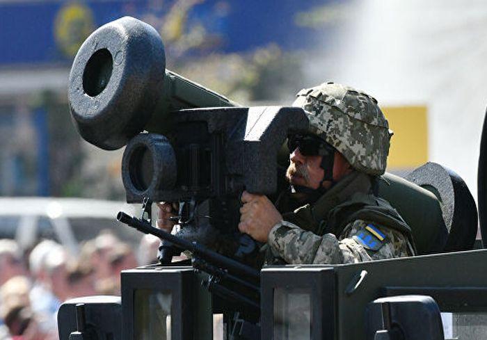 Украинские бойцы на Донбассе получат «джавелины»