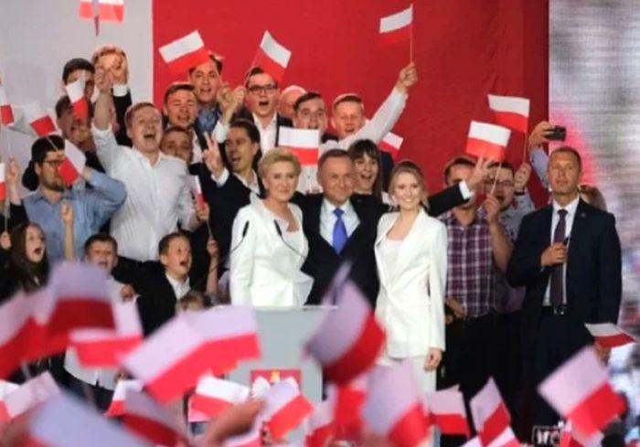Стали известны результаты президентских выборов в Польше
