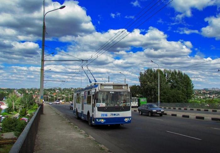 Власти Харькова планируют потратить еще 25 миллионов на ремонт моста по проспекту Ландау