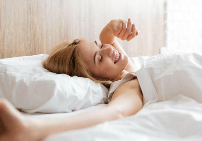 Исследователи выяснили, как влияет на долголетие время пробуждения