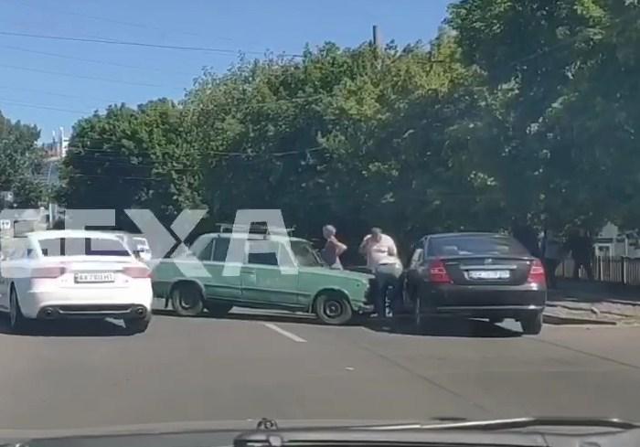 ДТП на Киевской спровоцировало пробку (видео)