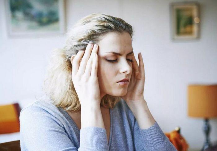 Врач-невролог рассказала, как избавиться от головной боли без лекарств