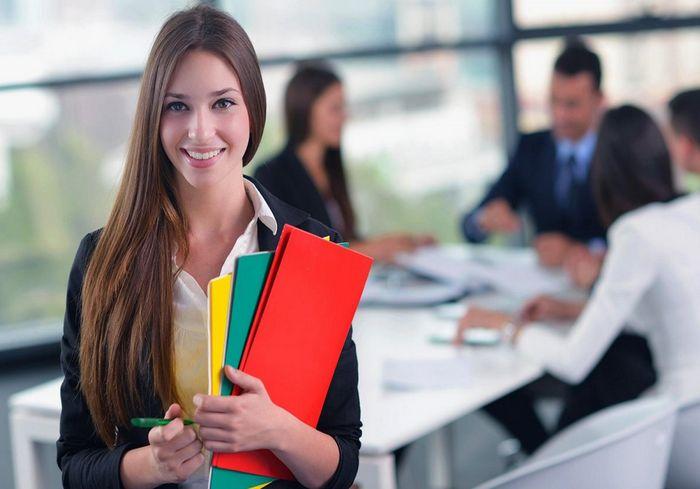 Названы 5 «женских» профессий, наносящих вред здоровью