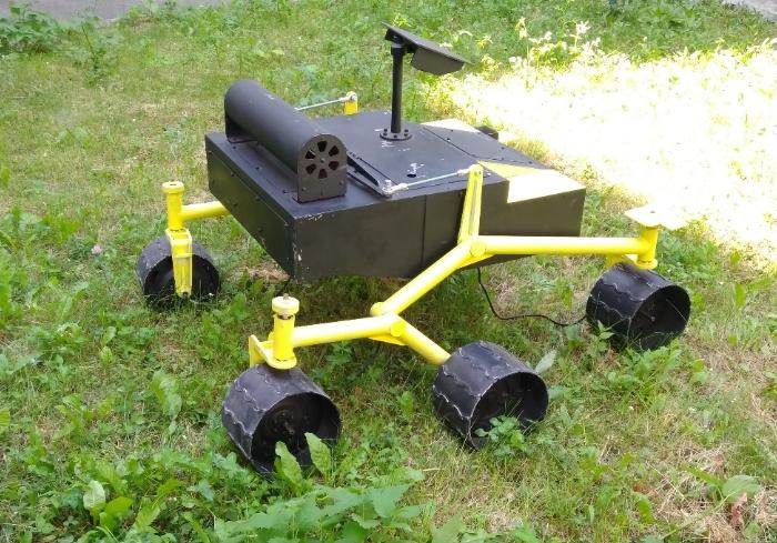 В ХНУРЭ прошло испытание робота-марсохода