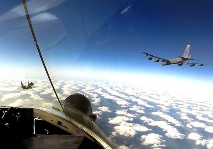 Стратегические бомбардировщики США зашли в воздушное пространство Украины