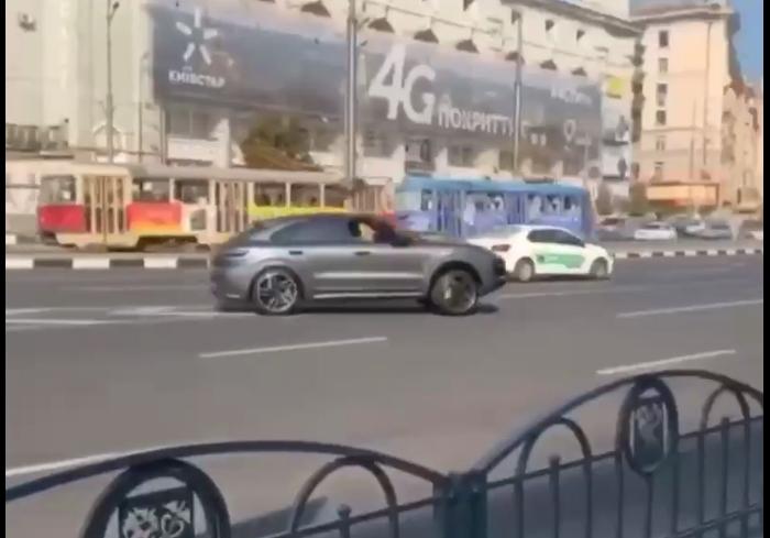 Харьковские полицейские поймали водителя, который устроил