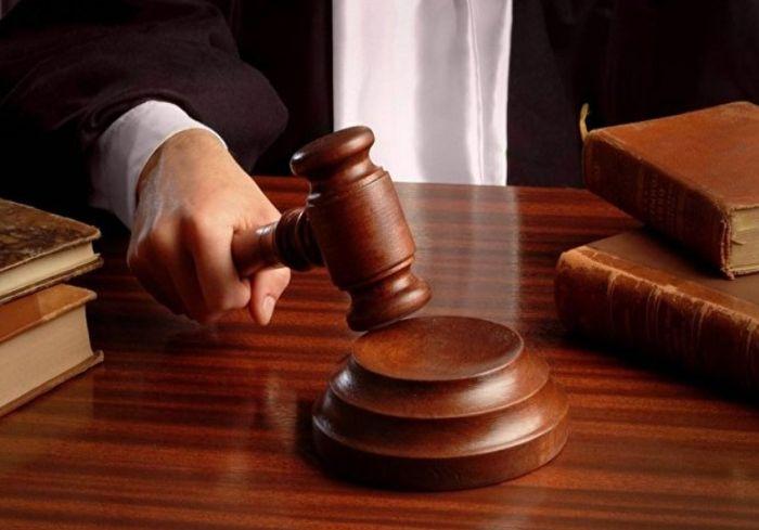 Чиновники и бизнесмен предстанут перед судом за кражу пищевых продуктов для заключенных